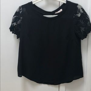 Lush lace sleeved top